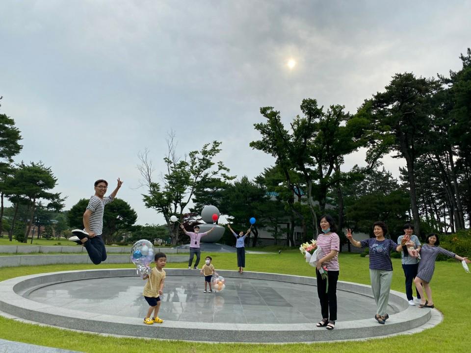 09. 김상제(평화교당) - 코믹사진.jpg