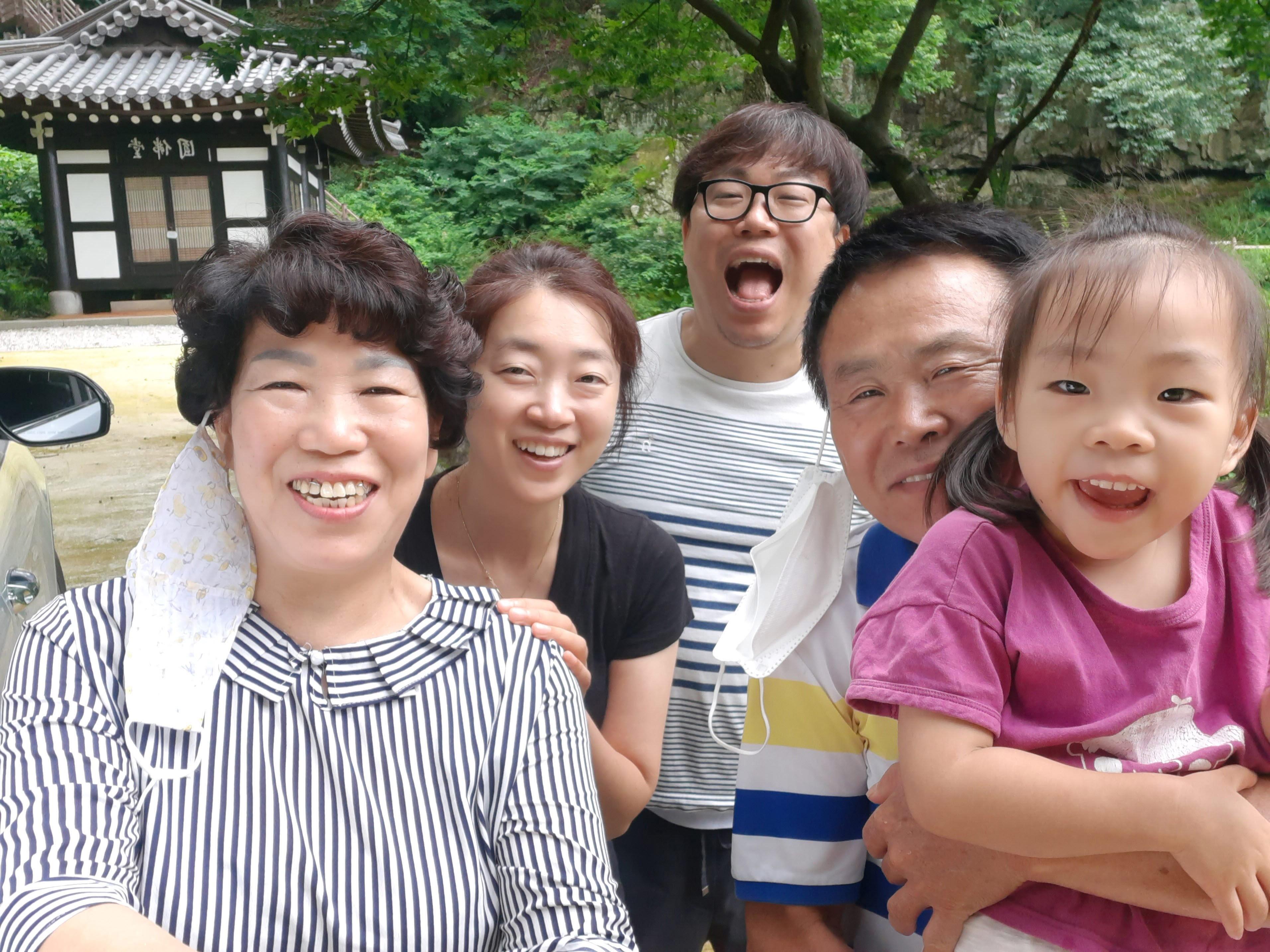 21. 정경인(산서교당) - 코믹사진.jpg